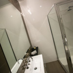Serviced-Apartments-Warrnambool-Showers